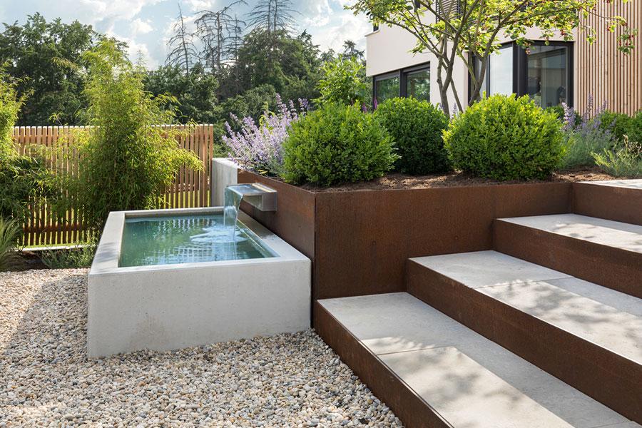 Garten und Haus im Einklang